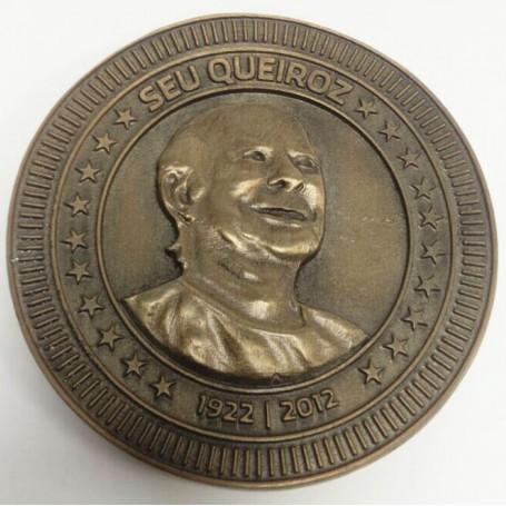 Medalha em metal fundido (molde 3D)